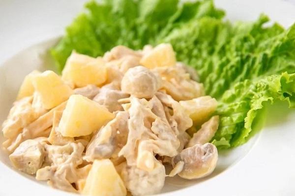 Рецепт куриного салата с ананасом