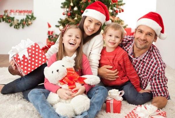 Конкурсы на Новый год 2021 для семьи: самые прикольные и смешные новогодние развлечения