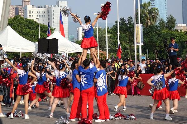 День молодежи в 2021 году: какого числа в России